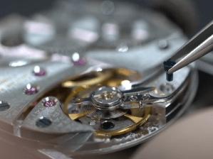【YouTube動画紹介】No.0001【前編】機械式腕時計の分解(PANERAI / ETA6497)