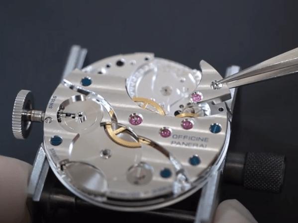 【YouTube動画紹介】No.0005 機械式腕時計の組み立て ③ムーブメント側の歯車を組む