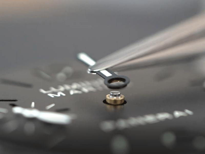 YouTubeNo.0007 機械式腕時計の組み立て ⑤ダイヤル・針の取付け、ケーシング