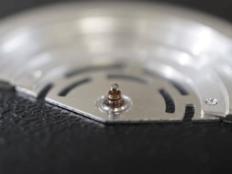 YouTubeNo.0008 自動巻不良:摩耗したローター真の交換