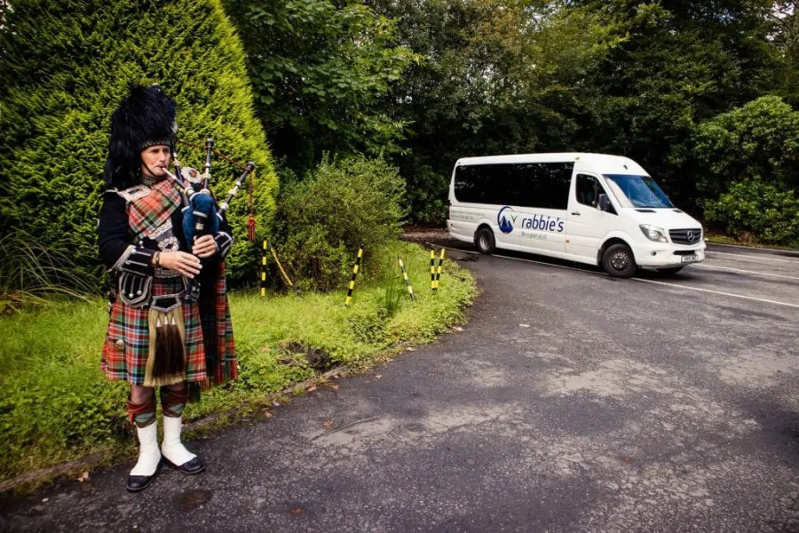 Scotland might be a small country, but how much you can really fit into one trip depends on your priorities. Here is how to plan a trip to Scotland!