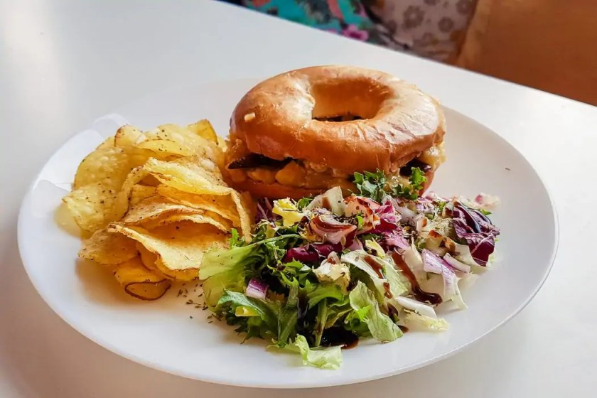 Bacon and banana bagel at In Bloom Glasgow - Photo by Kathi Kamleitner