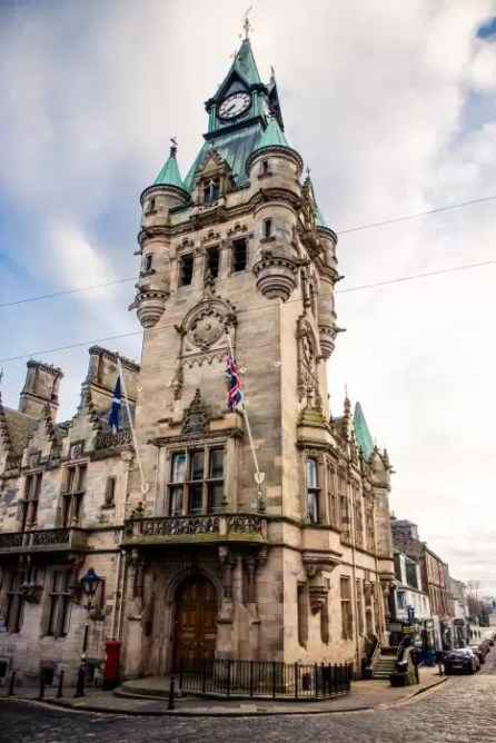 The City Chambers in Dunfermline.