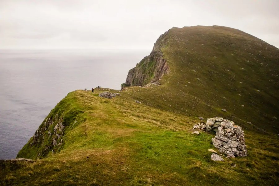 The cliff walk on The Gap of Hirta