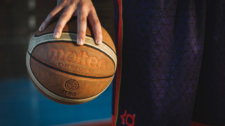 Best Basketballs for Indoor and Outdoor Use