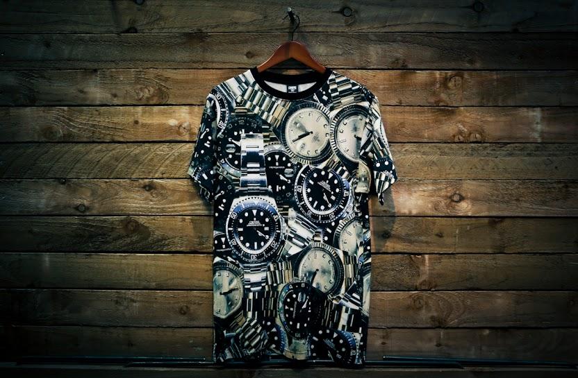 Un-t-shirt-pour-les-fans-de-montres-realise-par-Crookes-and-Castels-watch-wolrd-guide-wwg-03