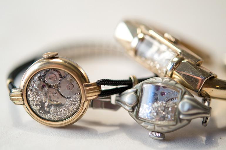 Plusieurs bracelets The Artemisian