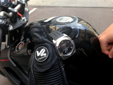 tissot-racing-touch-moto