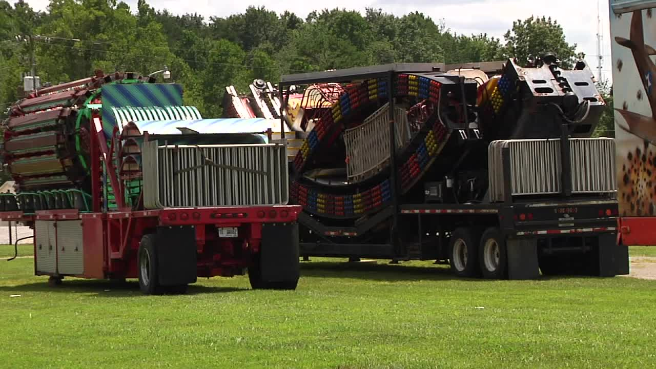 Carnival rides are waiting to be assembled at the Fentress County Fairgrounds, but the company and fair board members are waiting on a go-ahead_227594