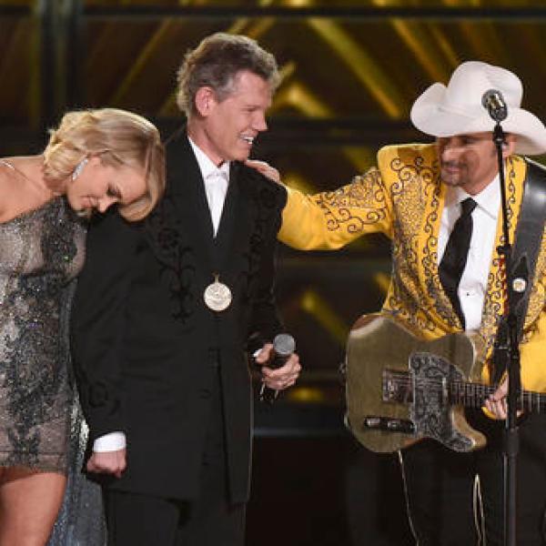Carrie Underwood, Randy Travis, Brad Paisley_245761