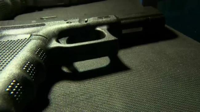 handgun_267008