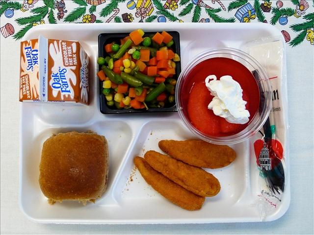school lunch_24327