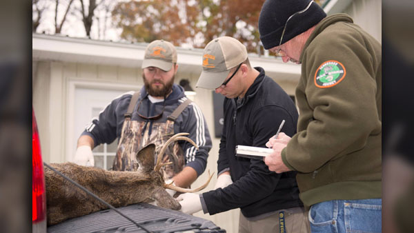 TWRA deer checking FB post_1114_1542244597572.jpg.jpg