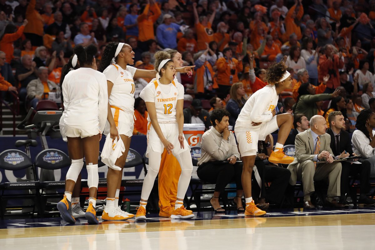 Lady Vols hold off LSU
