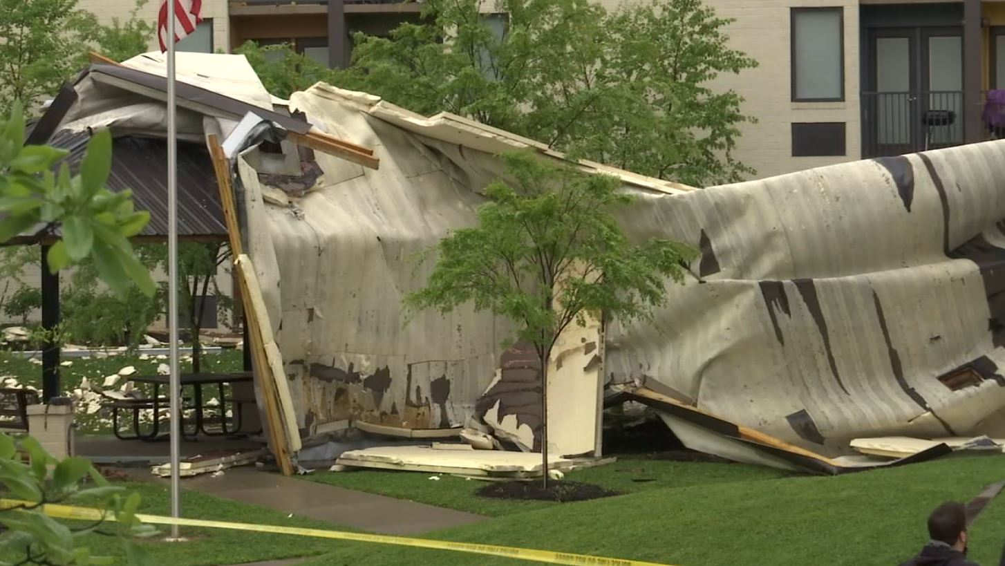 COVER PHOTO_Roof blown off apartment building_WATE dayside_0419_1555706614930.JPG.jpg