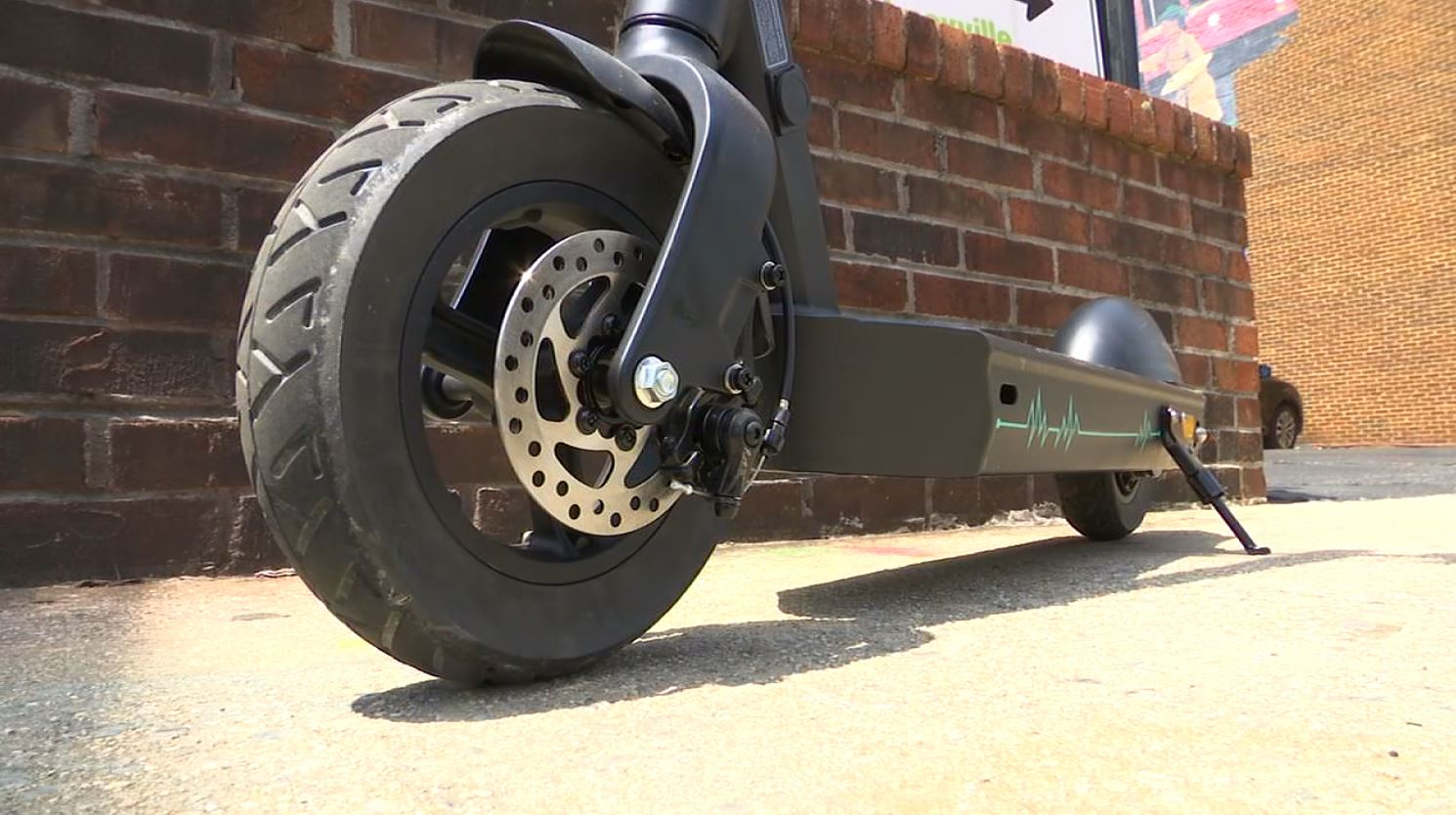COVER PHOTO_Scooter companies come to Knoxville_0430_1556655418398.JPG.jpg