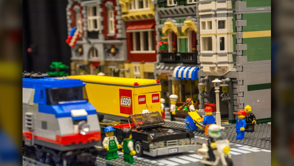 LEGOCity2_1559158229838.jpg