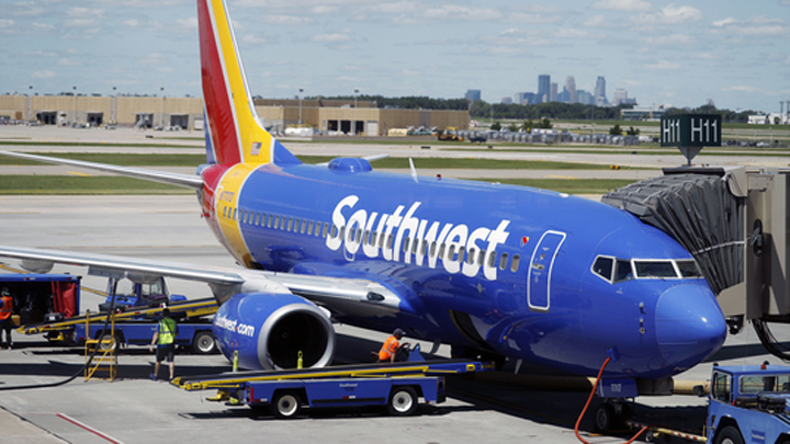 Earns Southwest Airlines_1536000803032