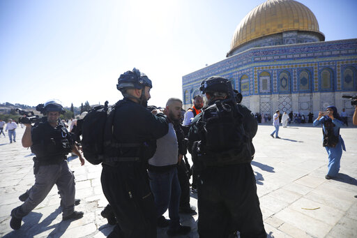 Muslims clash with Israeli police at Jerusalem holy site – WATE