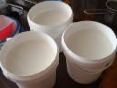 Meneer Wateetons maakt kaas (2) – het stremmen der melk