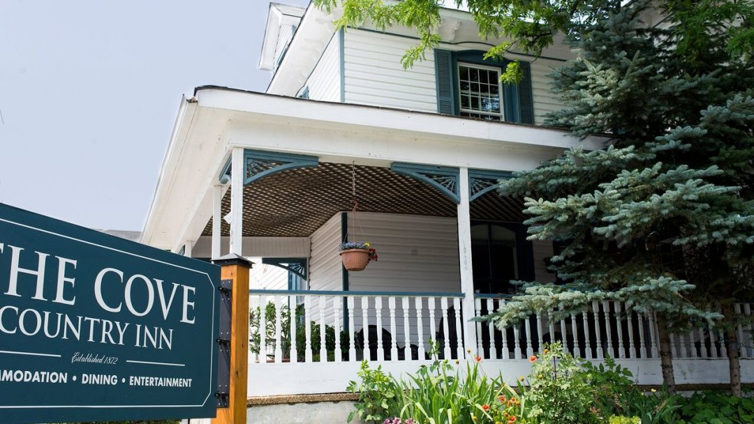 The front of the the Cove Pub in Westport, Ontario.