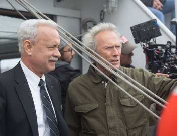 Clint Eastwood is dependable and a little dull as the director in Sully.