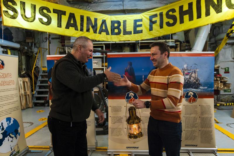 L'Arctic Sunrise ad aprile in italia per sostenere la pesca sostenibile