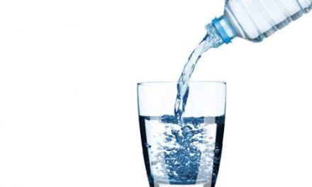La casalinga italiana dice sì all'acqua del rubinetto