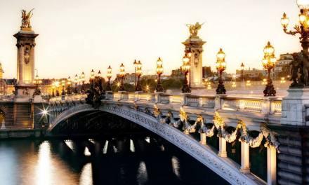 Sotto il Ponte Alessandro scorre la Senna:fiume splendido e inquinatissimo