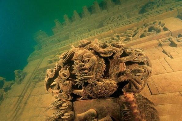 Lion City, particolare