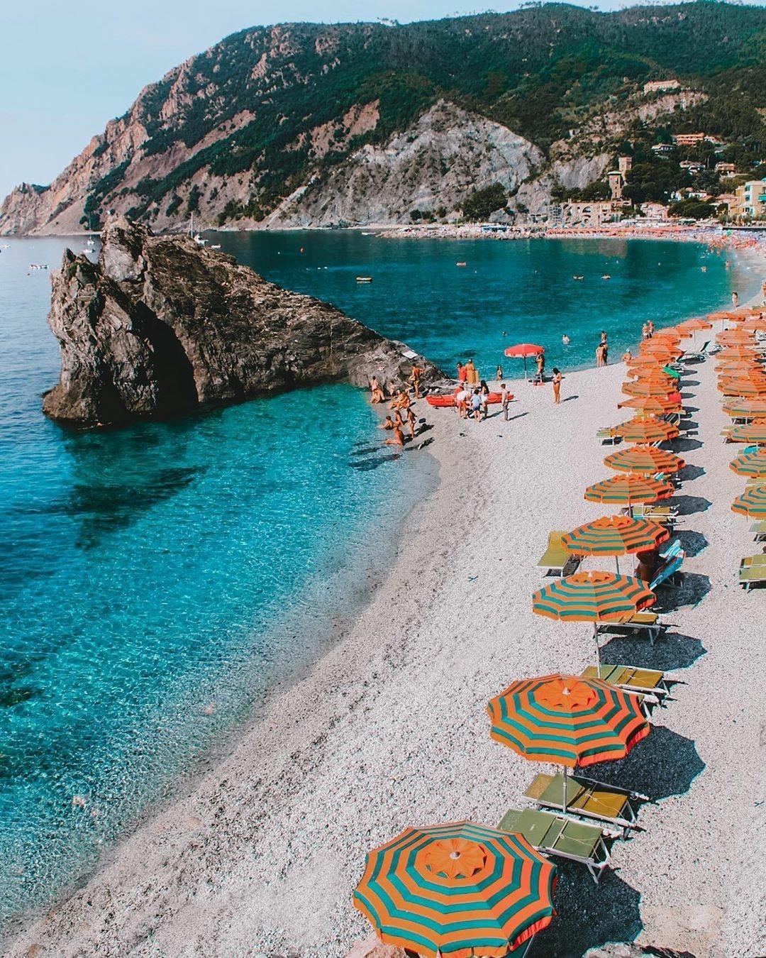 Scorcio di Monterosso @ Liguria, su facebook