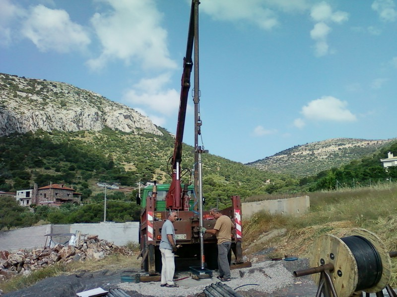 Τοποθέτηση υποβρύχιου στην Βάρη Κοροπίου σε βάθος 365μ