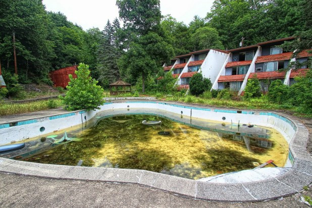 Pools abandoned due to home foreclosures need safety for Disused swimming pools