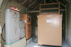จัดซื้อและติดตั้งเครื่องปั่นกระแสไฟฟ้าชนิดเก็บเสียง ขนาด ๑๐๐ KVA. โดยมีคุณประวิทย์ - คุณอรัญญา มาลีนนท์ ผู้บริหาร ไทยทีวีสีช่อง ๓ และพุทธศาสนิกชนร่วมเป็นเจ้าภาพ