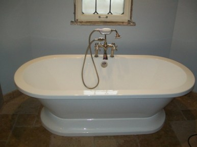 Barclay Free Standing Tub