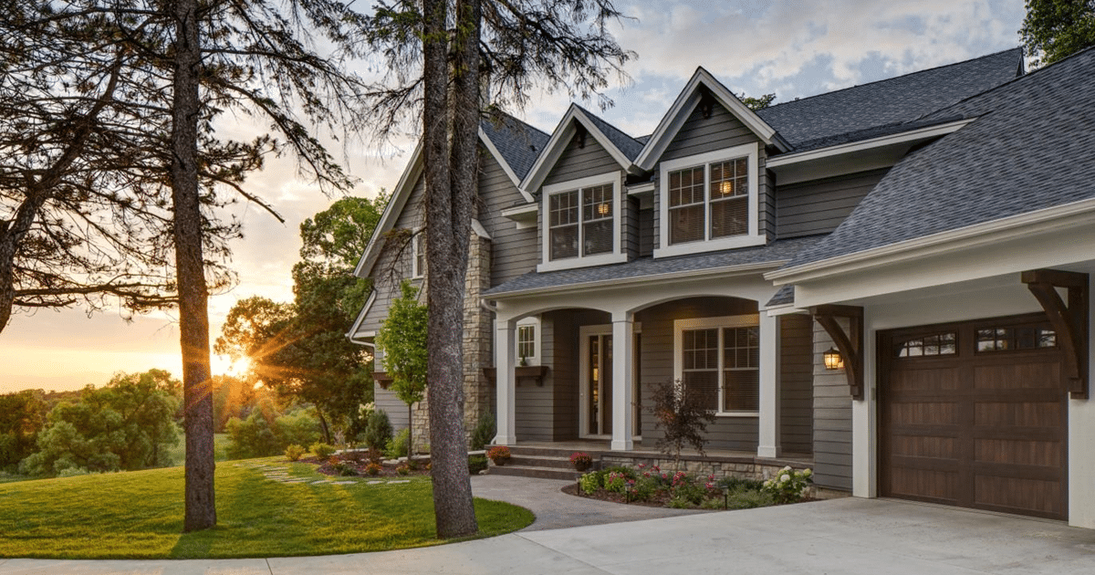 30 House Siding Ideas That Will Get You Ready for Spring on House Siding Ideas  id=13241