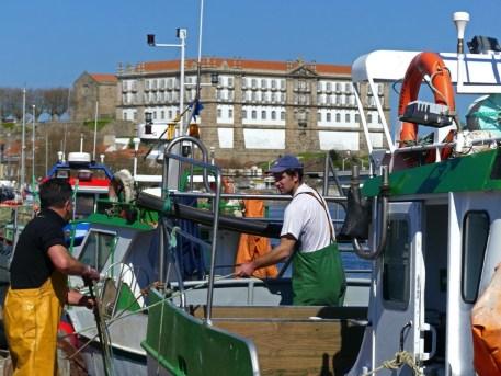Viele kleine Häfen sichern täglich die Versorgung mit frischem Fisch.