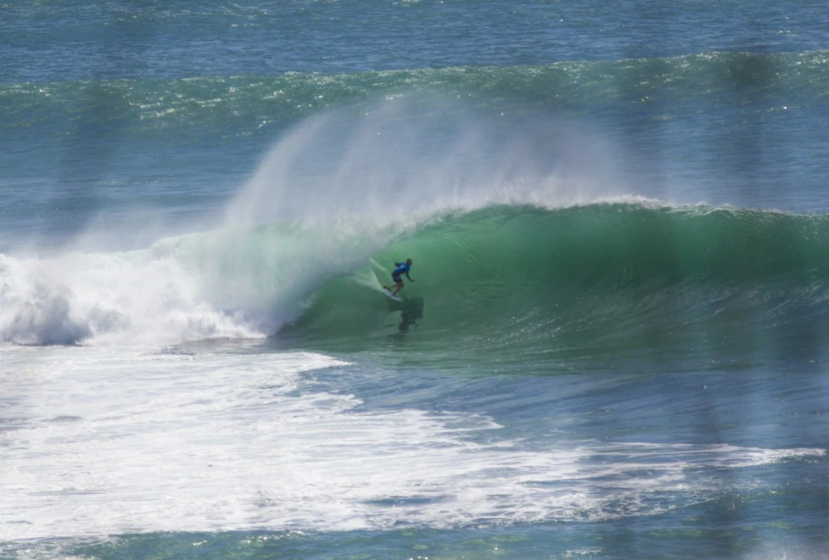 surfing Bingin Dreamland Gallery Impossibles Lifestyle Surf report surfpics Uluwatu