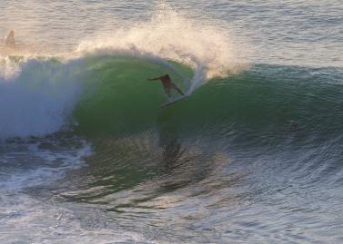 surfing Bingin Impossibles
