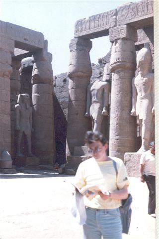 10) Yo en Karnak