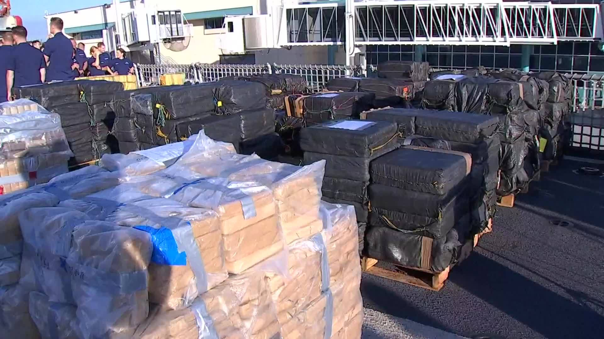 Coast_Guard_offloads_nearly_35K_pounds_o_0_20190207173237