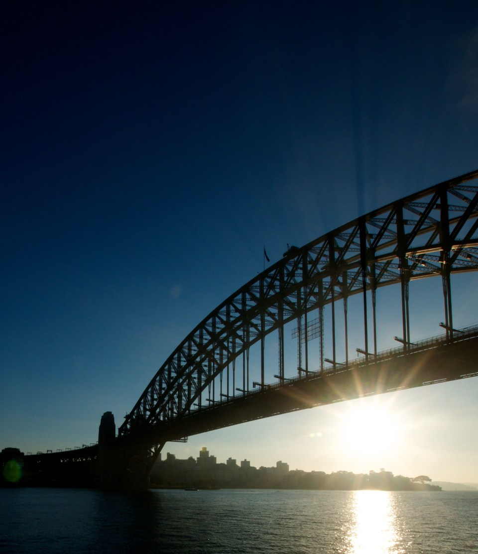 Sunrays through the Sydney Harbour Bridge