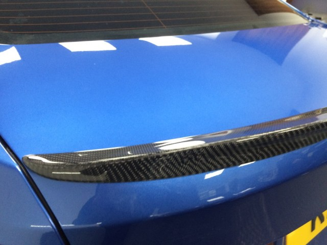 carbon fibre install by waxyclean