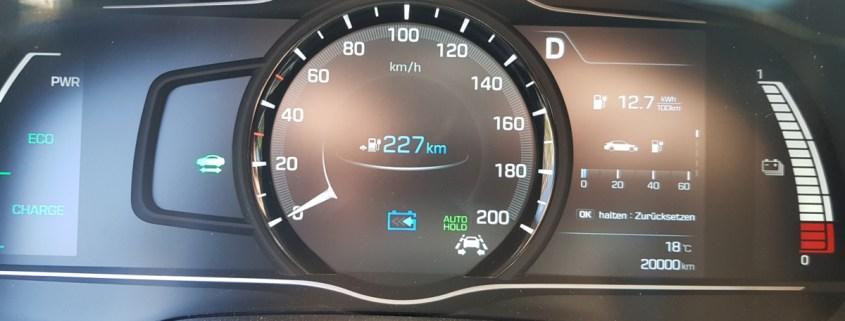 20.000 km auf dem Ioniq Display