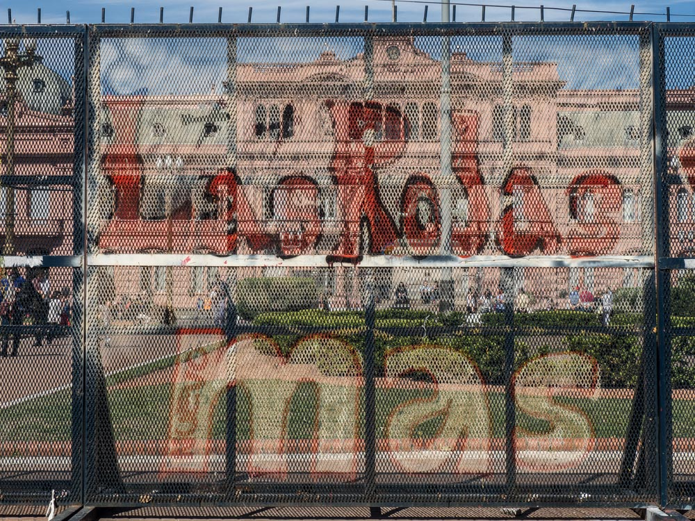 Buenos Aires Street Art Casa Rosada