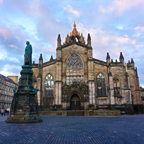 Edinburgh at sunset via Wayfaring With Wagner
