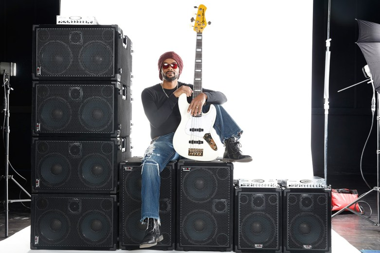 André Berry, bass player & Wayne Jones AUDIO endorsee. Orginal shot before editing for advert. At Center Staging, 3407 Winona Ave., Burbank, CA 91504.
