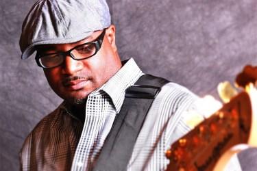 Maurice Fitzgerald bassist & Wayne Jones AUDIO endorsee.