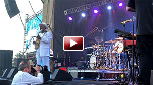 Nick Colionne at Seabreeze Jazz Festival 2018, GBody on bass guitar