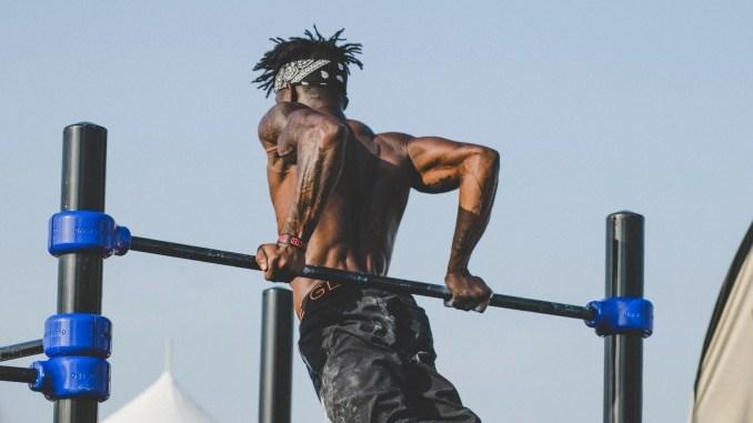 Street workout ninja